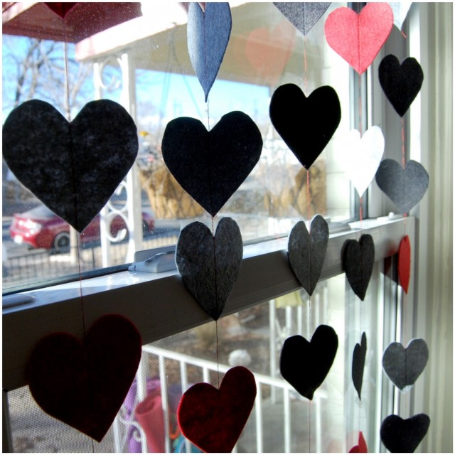 A Denver Home Companion | DIY heart garland